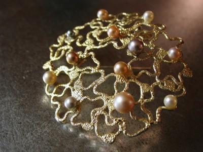 Broche zilver ,met gepatineerd  goud afbeelding arnhem (2)