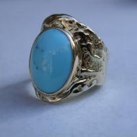 bijzonder ontwerp gouden ring met turkoois ontwerp atelier arnhem afbeelding.