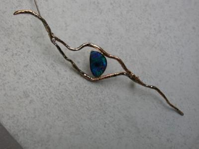 broche combie goud met opaal disign diamant