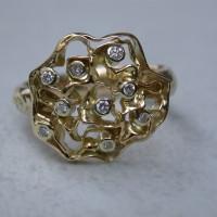 geelgouden ring met diamanten briljanten speciaal ontwerp