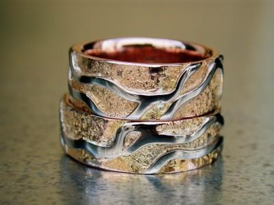 rood gouden ring met wit goud trouwringen set .Handgemaakt
