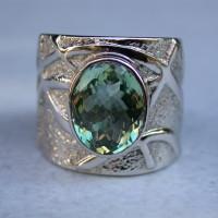 witgouden ring speciaal ontwerp met patroon met kleursteen toermalijn kleurstenen.
